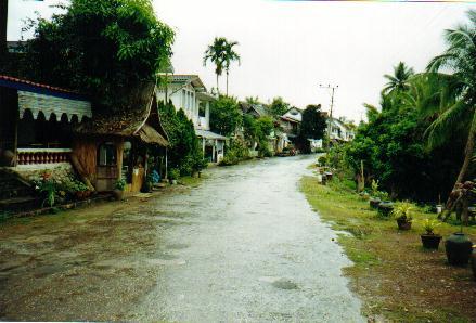 villagelaos.jpg
